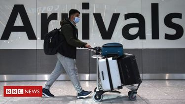 Holidays: Travel industry begs for 'route out of crisis'