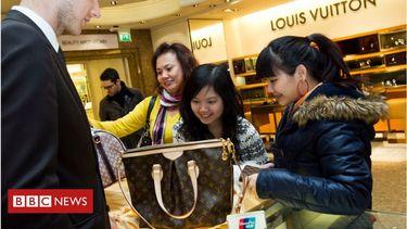 Ending tax-free shopping 'will devastate UK tourism'