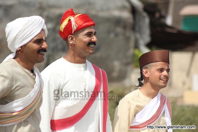 Hindi Movie Chapekar Brothers Hd Video Download